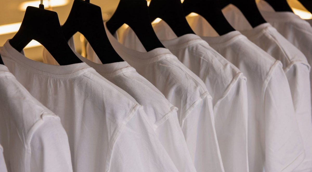 Yellow Armpit Stains Can Be Removed From White Shirts