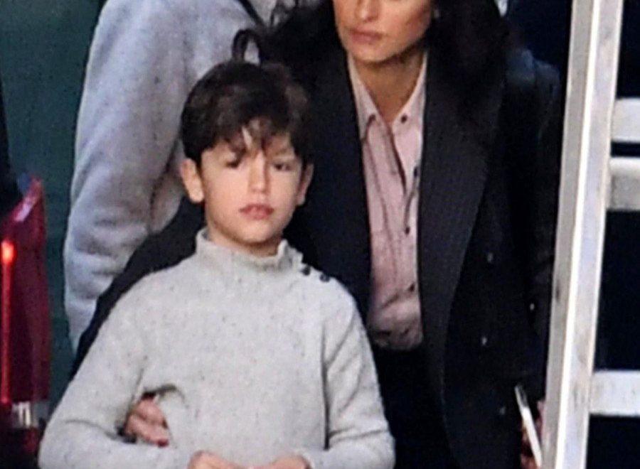 Penelope Cruz finally showed her 7-year old son Leo in Public